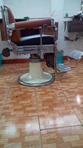 silla de barberia antigua o vintage (usada)