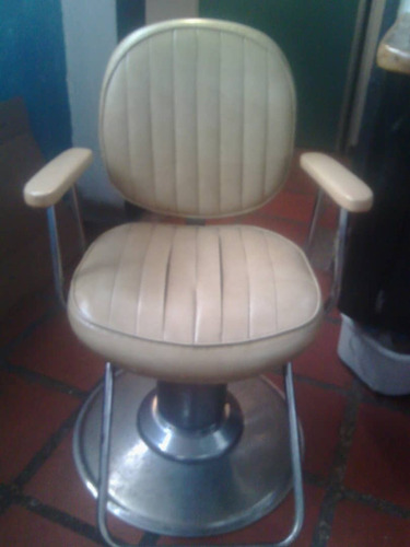 silla de barberia y peluqueria giratoria baja y sube negocio