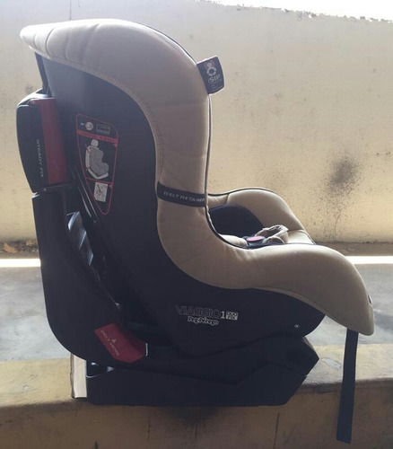 silla de bebé para carro. marca pegpérego.
