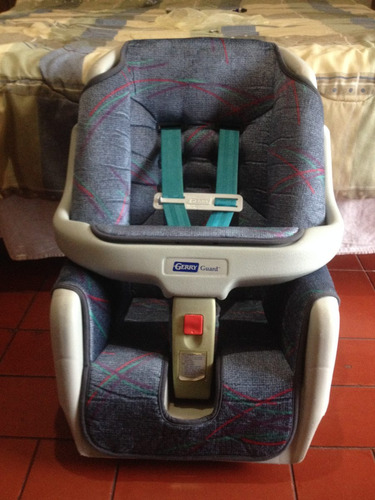 silla de carro para bebe. marca: gerry guard