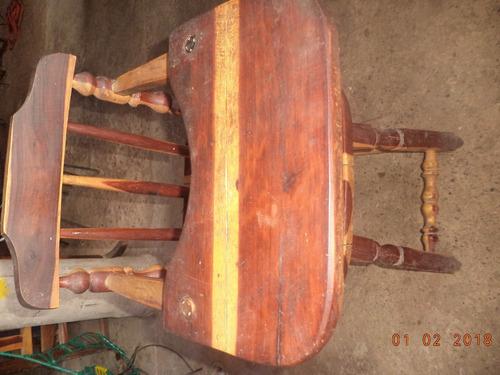 silla de comer de madera de bebe