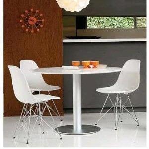 Silla De Diseño Eames Eiffel - Base Cromada - Estructura Metálica Para  Cocina Living Comedor