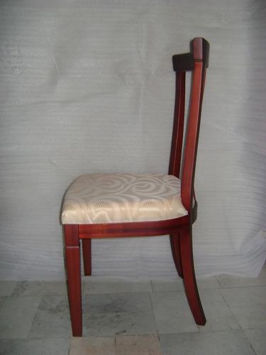 silla de madera clasica color nogal