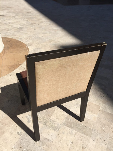 silla de madera usada