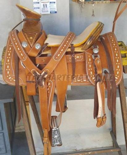silla de montar, charra redonda ribeteada con herraje