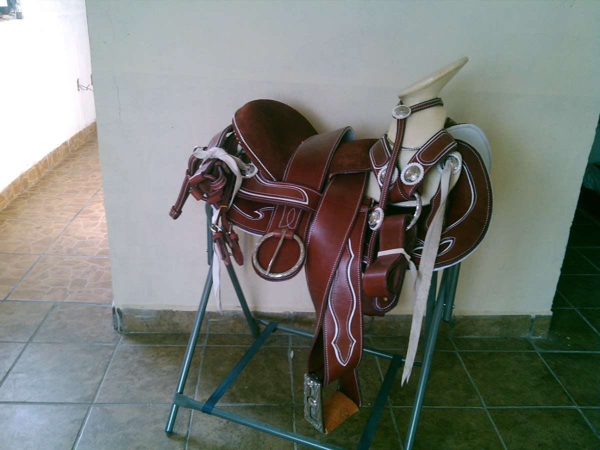 Silla de montar montura charra cola de pato nvo dise o mdn for Sillas para montar