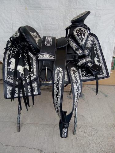 silla de montar.montura charra bordada viva mexico !!