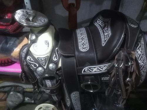 silla de montar,monturacharra herrajes y medio fuste de acer