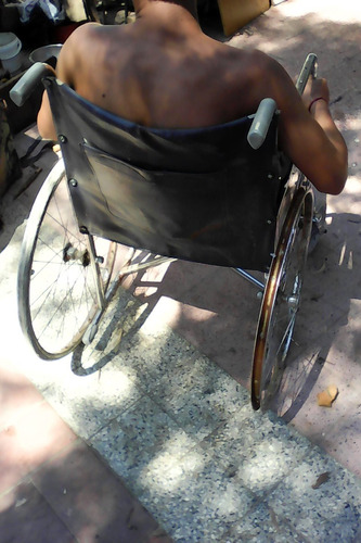 silla de ruedas posa pies $ 600 el par sanos si uso