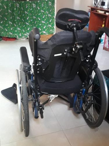 silla de ruedas  un solo uso  en buen estado