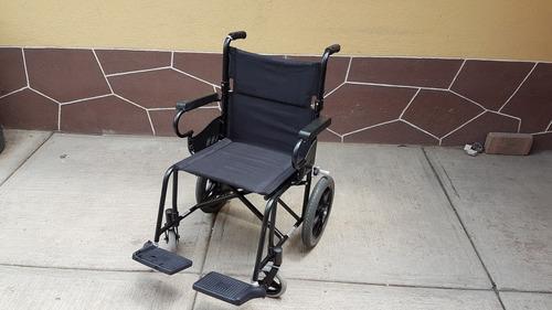 silla de traslado con ruedas marca karma