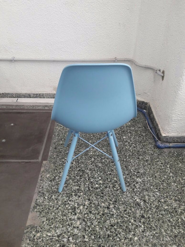 silla eames color celeste - furnitech
