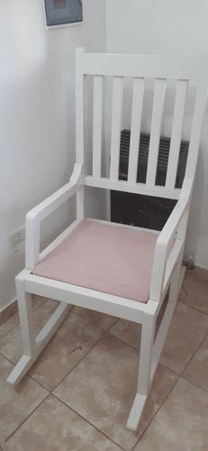 silla mecedora impecable