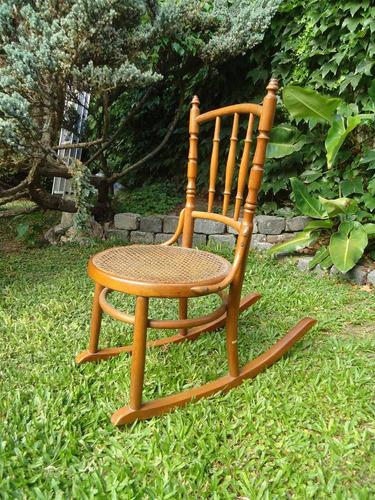 silla mecedora infantil esterillada