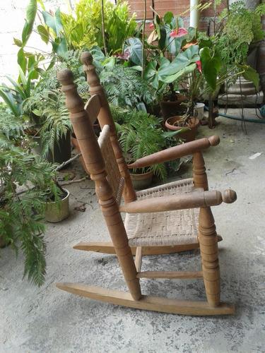 silla mecedora para niños (as)