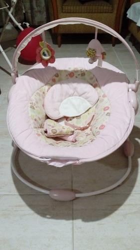 silla mecedora para recién nacida