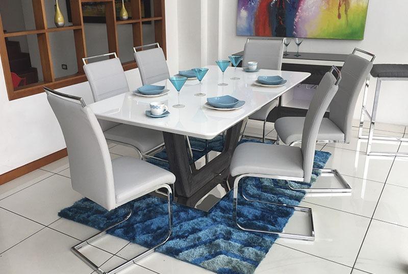Silla moderna para comedor tapizado sicilia blanca 260 for Sillas comedor blancas modernas