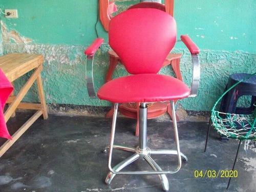 silla para barberia/peluqueria giratoria.