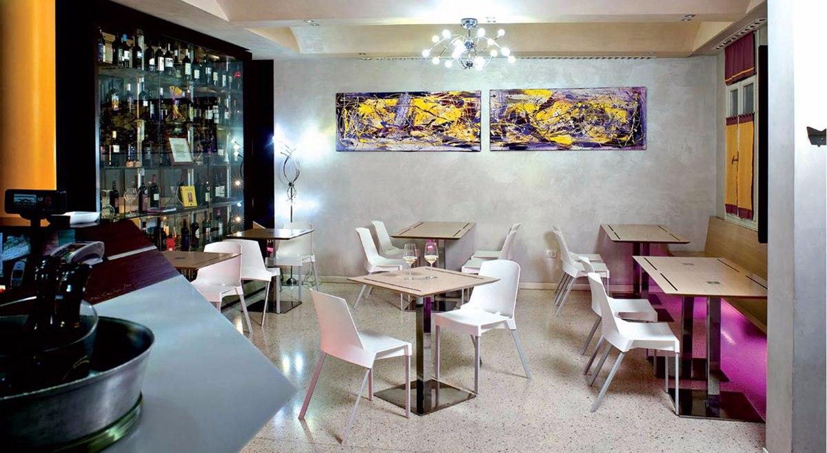 Silla para restaurante modelo shine sin descansabrazos - Silla de restaurante ...