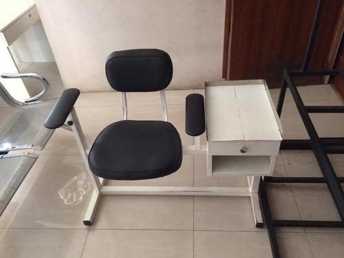 silla para toma de muestra