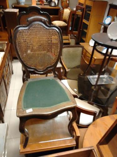 silla victoriana esterillada.