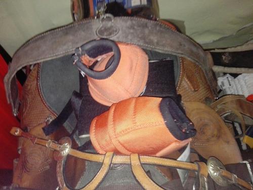 silla y accesorios caballos