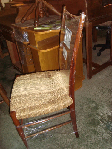 sillas de cardo,antiguas,dormitorio o mesa de arrime
