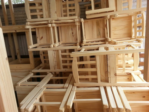 Sillas de madera para bares pitserias boliches 299 00 for Sillas de madera para bar