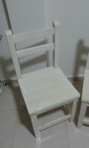 sillas de pino laqueadas
