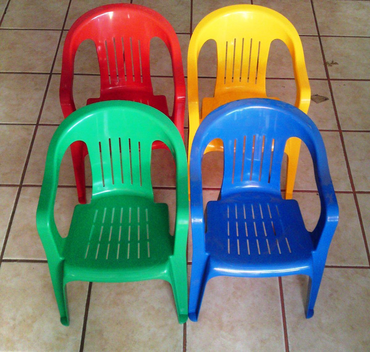 Sillas de plastico infantil en colores ni os de 2 a 8 a os for Silla para coche nino 4 anos
