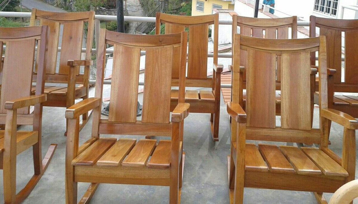 Sillas mecedoras de madera bs en mercado libre for Mecedora de madera