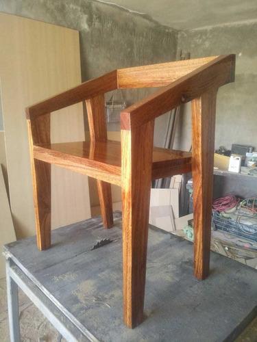 sillas minimalistas de huanacaxtle