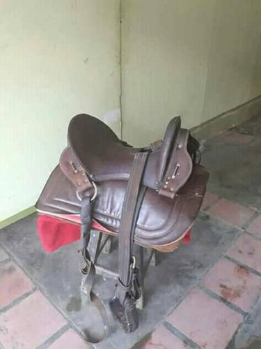 sillas para montar caballo