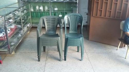 sillas plásticas