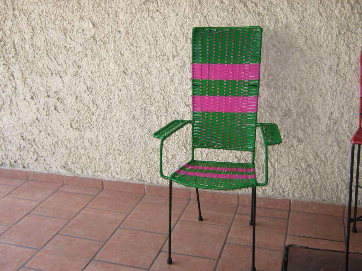 Sillas tejidas con plastico respaldo alto y banco para for Sillas para barra precios