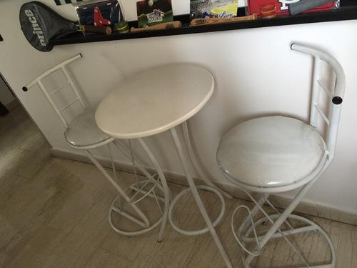 sillas y mesas 809-707-0790