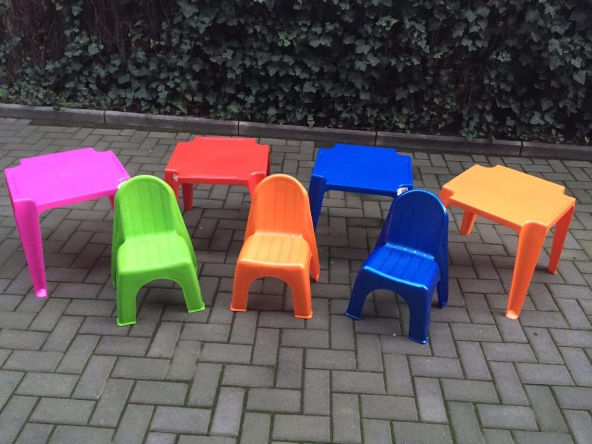 Sillas Y Mesas De Plastico Para Niños - $ 3.500 en Mercado Libre