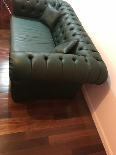 sillon chesterfield + mesa ratona estilo provenzal