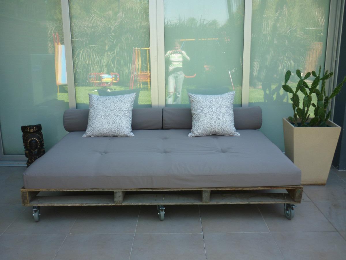 Sillones con palets terraza hecha con palets y con estilo - Sillones con palets ...