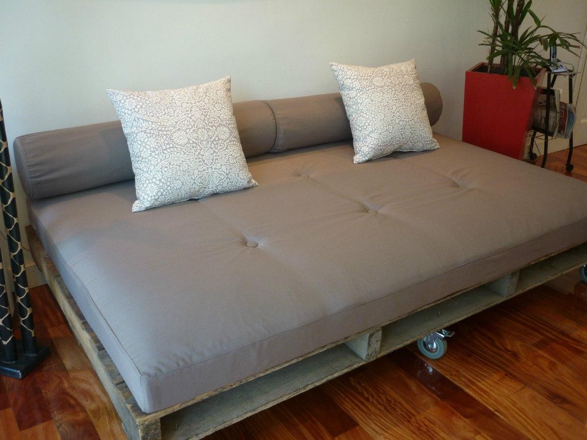 Hacer sillones con palets cmo hacer muebles de madera con - Hacer sillones con palets ...