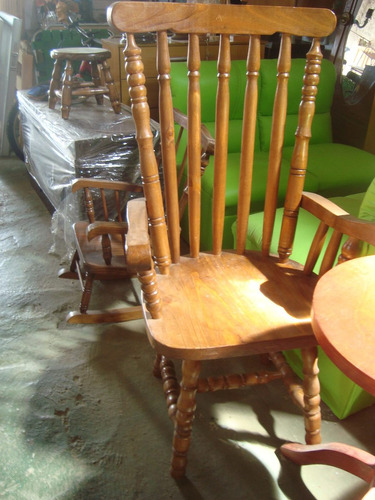 sillón reforzado,alto ideal para las caderas.no se hamaca