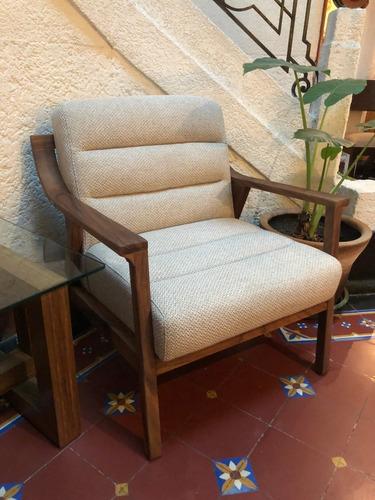 sillón río de madera tela blanca