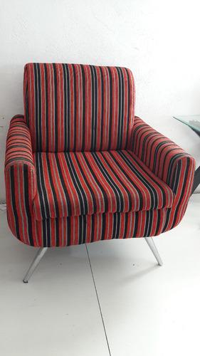 sillon rojo con gris tela