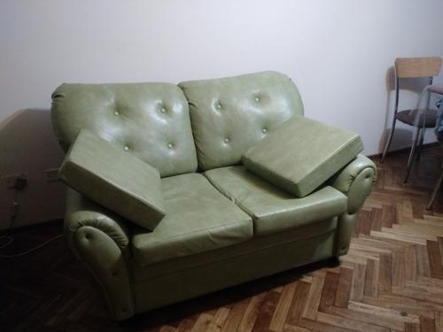 sillón vintage de dos cuerpos color verde