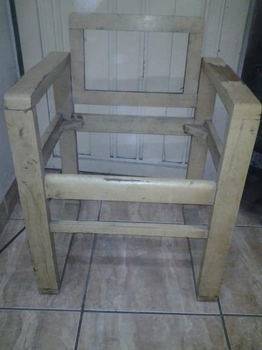 sillones antiguos de madera muy dura para reciclar, caba