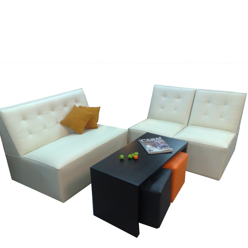 Sillones capitoneados rectos ideal para espacios for Sillones living para espacios reducidos