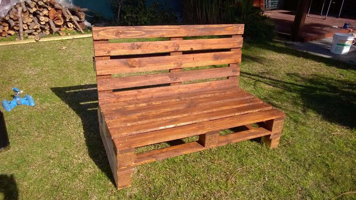 Sillones palets sillones palets sillones de palets en for Sillones con palets de madera