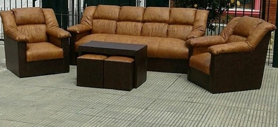Sillones sofa butacas juego de living con mesa y 2 puff for Juego de sillones usados