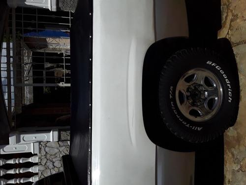 silverado 4x2 dos puertas