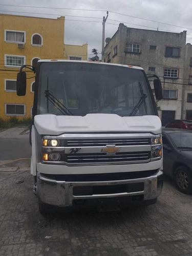 silverado con conversión a microbus